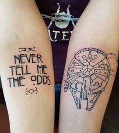 Millennium Falcon und Han Solo Zitat von Edu Cerro @ Samuel O& Tattoo-Studio, Santa Cruz, CA. - Millennium Falcon und Han Solo Zitat von Edu Cerro @ Samuel O& Tattoo-Studio, Santa Cru - Star Wars Tattoo, War Tattoo, Get A Tattoo, Tattoos Skull, Body Art Tattoos, New Tattoos, Tribal Tattoos, Sleeve Tattoos, Tatoos