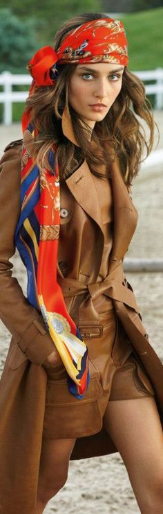 Vibrant hues and sleek fits provide a fresh take on the iconic equestrian style at Ralph Lauren Blue Label Spring 2013 Collection Mode Chic, Mode Style, Style Me, Hair Style, Look Fashion, Winter Fashion, Womens Fashion, Brown Fashion, Blue Fashion