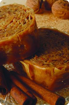 Greek Sweets, Greek Desserts, Greek Recipes, How To Make Cake, Food To Make, Arabic Dessert, Greek Dishes, No Bake Cake, Food Hacks