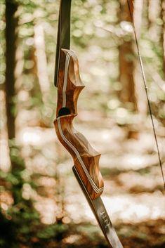 #archery #traditionalarchery #tradbow #tradlife #arqueria #bearpawproducts #bodnikbow #bosnikbows Traditional Archery, Bird Feeders, Outdoor Decor, Home Decor, Home Interior Design, Decoration Home, Home Decoration, Teacup Bird Feeders