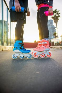 Which one would be your choice, the Powerslide Swell 100 blue or the Powerslide Swell 125 peach Roller Derby, Best Roller Skates, Roller Skating, Inline Speed Skates, Roller Workout, Diy Crop Top, Skate Wheels, Skater Girls, Freestyle