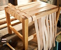diy project: matt's woven leather stool, Diy And Crafts, Leather woven stool - great tutorial (Note: try using scraps from a leather-worker, old belts, or webbing from another piece of furniture). Diy Stool, Diy Chair, Wood Stool, Wood Table, Furniture Making, Diy Furniture, Diy Leather Furniture, Woodworking Furniture, Bedroom Furniture
