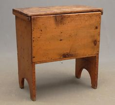 Dough Box for auction. dough box with lid. x x Ht. Primitive Furniture, Primitive Antiques, Rustic Furniture, Dough Box, Small Woodworking Projects, Antique Chest, Trunks And Chests, Blanket Chest, New Furniture
