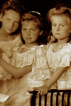 Their Imperial Highnesses The Grand Duchesses Tatiana, Maria, Anastasia Nikolaevna Romanova of Russia, 1906.