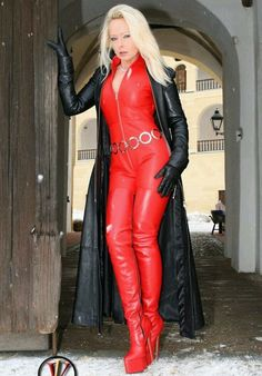 Time for some more reposts of my own ❤️ Lady Vanessa ❤️ Crazy Outfits, Sexy Outfits, Lady Ann, Long Leather Coat, Leder Outfits, Latex, Gorgeous Blonde, Belle Photo, Leather Fashion