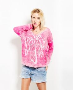 REMOVE YOUR CLOTHES SS15 http://www.thehiptee.com/es/mujer/1065-maria.html