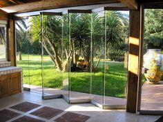 Contemporary Natural Accordion Glass Door Design  With Carpet