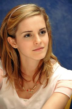 Harry Potter 30 Day Challenge Day 20-Cast member you want to meet: Emma Watson