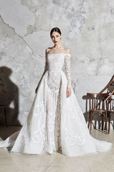 Zuhair Murad Bridal Spring 2020 collection, runway looks, beauty, models, and reviews.