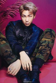 Namjoon  .Love. Cre: the owner/as logo