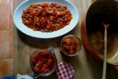 Peperonata (sweet red pepper and tomato stew) Sausage Sandwiches, Stewed Tomatoes, Stuffed Sweet Peppers, No Cook Meals, Side Dishes, Yummy Food, Healthy Recipes, Eat, Cooking