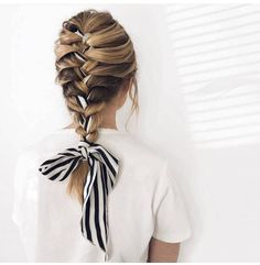 10 Head Scarf Styles for Bad Hair Days and Beyond - PureWow Scarf Hairstyles, Pretty Hairstyles, Braided Hairstyles, Hairstyles 2018, Quiff Hairstyles, Black Hairstyle, Teenage Hairstyles, Hairstyles Videos, Fashion Hairstyles