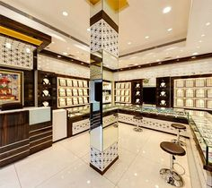 Display case ideas for college jewelry cases displays jewellery showroom shop interiors cabinets showcase commercial inte Jewellery Shop Design, Jewellery Showroom, Jewellery Display, Jewelry Shop, Jewelry Stores, Dressing, Jewelry Showcases, Shop Window Displays, Shop Interiors