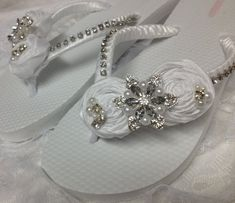 White+Flip+Flops+for+Wedding | White Bridal Flip Flops / Wedding Rolled Flower Flip Flops ...
