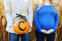 Fall Maternity Photos at Secor Farms