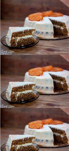 Bolo de cenoura Delicia… salve esse Pin bolos picantes com passas e nozes, creme doce à base de queijo creme e laranjas caramelizadas como decoração – uma sobremesa perfeita outono!