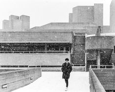 Snowy National Theatre, London
