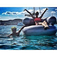 The Olivia Palermo Lookbook : Olivia Palermo & Johannes Huebl In Ibiza