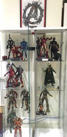 Marvel Hot Toy Display!