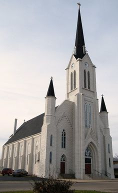 Freeport, IL -- White brick church - Photo by Henry Juhala