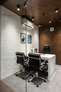 Office Design Is Bold And Spirited Composition