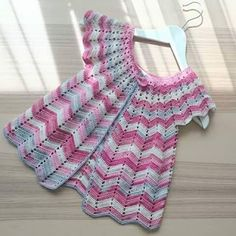 Certainly one of the most beautiful yarn crochet dresses I've ever seen, follows the pattern with video   Crochet Free