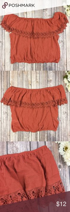 {Forever 21} Boho Crochet Off The Shoulder Top Top is new + excellent condition, just doesn't have a inner tag. Measurements: L - 21.4 | W - 20   🌟 Please note:  I don't do swaps, free shipping, lowballs, or model Forever 21 Tops Blouses