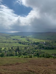 Sunshine and showers over Slaggyford in the South Tyne Valley. #Williamstonbarns #NorthPennines #NorthPennAONB #northumberland #visitnorthumberland #familyholiday #slaggyford Luxury Holiday Cottages, Holiday Accommodation, Luxury Holidays, Barns, Wilderness, Showers, Natural Beauty, Sunshine, England