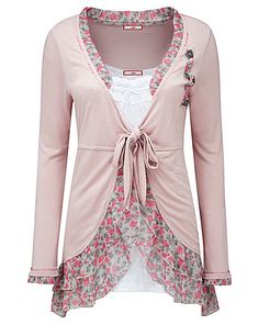 Trendy Sewing Tops For Women New Looks Style Ideas New Look Fashion, Boho Fashion, Fashion Outfits, Womens Fashion, Diy Clothing, Sewing Clothes, Shirt Refashion, Altering Clothes, Mode Hijab