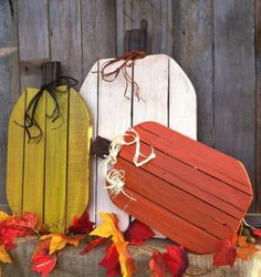Items similar to Awesome Fall Pumpkins! Pallet Wood Pumpkins Rustic Pumpkins for Fall Autumn Thanksgiving or Halloween Decor (Set of on Etsy Thanksgiving Wood Crafts, Thanksgiving Decorations, Fall Crafts, Holiday Crafts, Halloween Decorations, Christmas Diy, Diy Crafts, Thanksgiving 2017, Wood Pumpkins