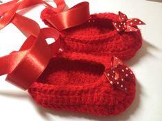 8.free infant crochet baby slippers