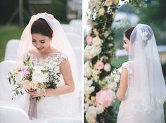 Bouquet Breakdown: Romantic Chic Bouquet | http://brideandbreakfast.hk/2015/12/03/romantic-chic-bouquet/