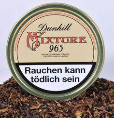 Dunhill My Mixture No.965. Ein brauner Cavendish gibt die natürliche Süße. Helle Orient-Tabake und kleine Latakia-Blätter sorgen für Kühle und einen nussähnlichen Geschmack. Klassisch, englisch, medium.