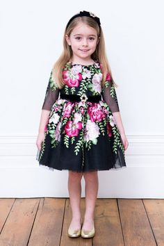 Our black winter floral tea dress guarantees your little one a timeless look, this season and the next 💐 🖤 By far one of our winter bestsellers, this is the perfect gown for your girl's favourite occasions 👗 Warm Dresses, Dresses For Teens, Winter Dresses, Girls Dresses, Floral Tea Dress, Toddler Girl Dresses, Little Girl Dresses, Girls Occasion Dresses, Kid Outfits