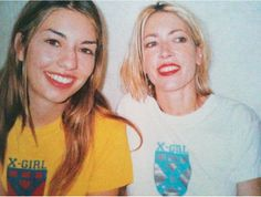 Sofia Coppola and Kim Gordon wearing X-Girl, the indie fashion label started by Kim Gordon of Sonic Youth and stylist Daisy Von Furth Fashion Drug, Tomboy Fashion, Indie Fashion, 90s Fashion, Girl Fashion, Tomboy Style, Queer Fashion, Urban Fashion, Fashion Styles