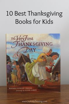 I love Thanksgiving picture books! Here are 10 of the best Thanksgiving books for kids of all ages. A great Thanksgiving book list!