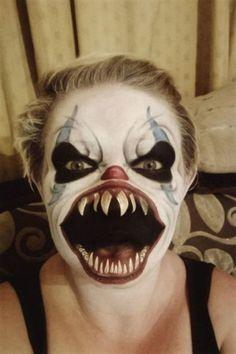 Maquillaje de monstruo terrorífico para mujer