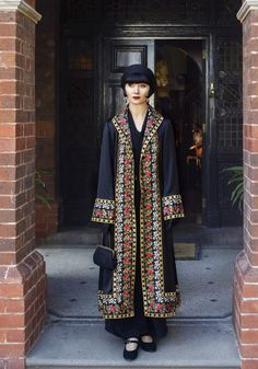 Miss Phryne Fisher (Essie Davis) in 'Marked For Murder' Costume design by Marion Boyce 20s Fashion, Fashion History, Look Fashion, Fashion Beauty, Vintage Fashion, Womens Fashion, Fashion Design, 1920s Inspired Fashion, Witch Fashion