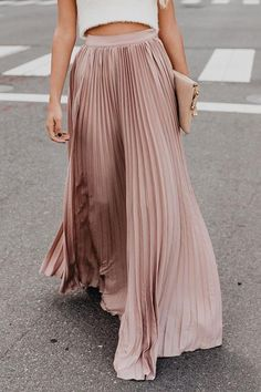 Pleated Solid Color Casual Maxi Skirt is so eye-catching and suit for all occasions, Come and buy women skirts on NewChic now! Maxi Skirt Outfits, Dress Skirt, Skirt Pleated, Long Maxi Skirts, Maxi Dresses And Skirts, Casual Skirts, Pleated Maxi Skirts, Dress Casual, Maxi Skirt Formal