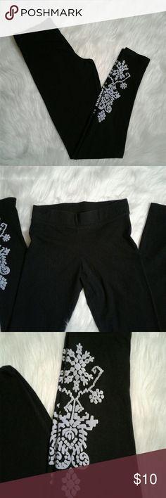 Invite Only Printed Leggings Small Black and grey leggings by Invite Only size small Invite Only  Pants Leggings
