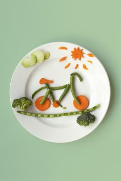 National Bike Month means family adventures fueled by plenty of veggies. Explore new tastes like our Chef's Favorites Asian Medley blend. These lightly seasoned carrots, baby cob corn, sugar snap peas, and broccoli will keep everyone pedaling fast.