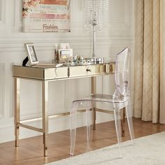 Willa Arlo Interiors Guidinha Writing Desk/ office decoration inspiration and this could also be use as a makeup vanity! Bedroom Makeup Vanity, Makeup Vanities, Wood Writing Desk, Gold Desk, Balkon Design, Glass Desk, Glass Office, Best Desk, Home Office Desks