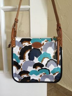 Fossil Keyper Crossbody Bag Blue Floral SHB114 Retail $98  #Fossil #MessengerCrossBody