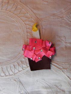 cupcake ribbon sculpture