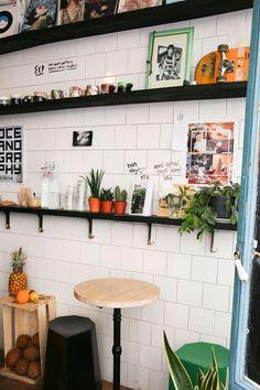 Le Boot Café