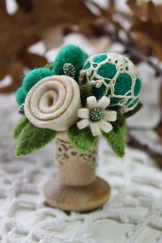 Spool pincushion by woolly fabulous, via Flickr