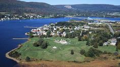 Historic Annapolis Royal. Where my Canadian French relatives first set foot in the Western world. I long to go.