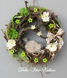 Wood Crafts, Diy And Crafts, Deco Wreaths, Spring Design, Grapevine Wreath, Door Wreath, Wreath Crafts, Easter Wreaths, Fairy Houses