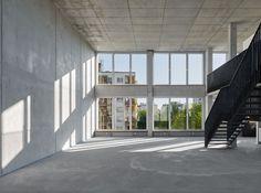 Barkow Leibinger, Ina Reinecke/ Barkow Leibinger, Stefan Müller · Aufbau Haus 84 · Divisare