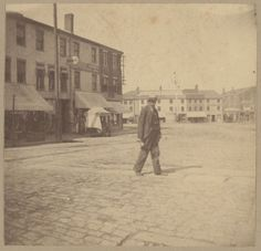 Image6- Newburyport, town crier, 1895. 13_07_000011 Old Photos, Vintage Photos, The Shadow Over Innsmouth, Newburyport Massachusetts, Boston Public Library, Historical Society, Photographic Prints, New England, Louvre